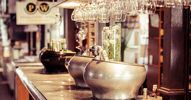 Penalty rates for bars and nightclubs