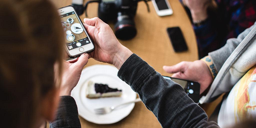 Instagram versus restaurants